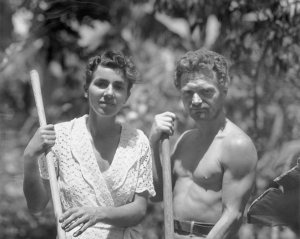Dore Strauch and Freidrich Ritter standing at home - MS uncat